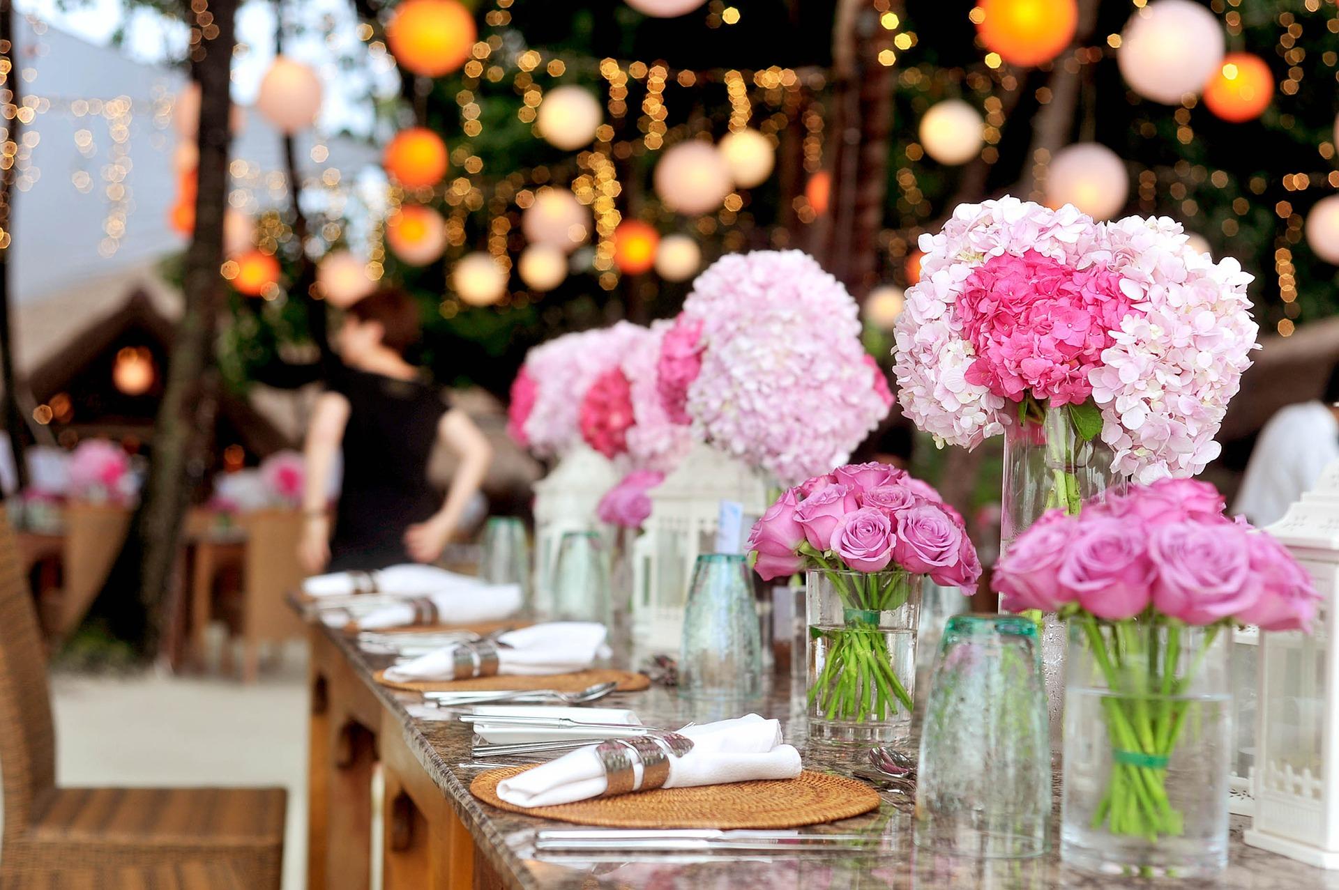 Een partytent: dé musthave voor een zomerse bruiloft